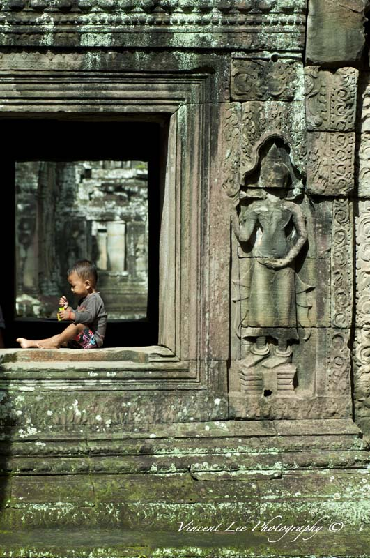 The boy that lives in the ancient temple