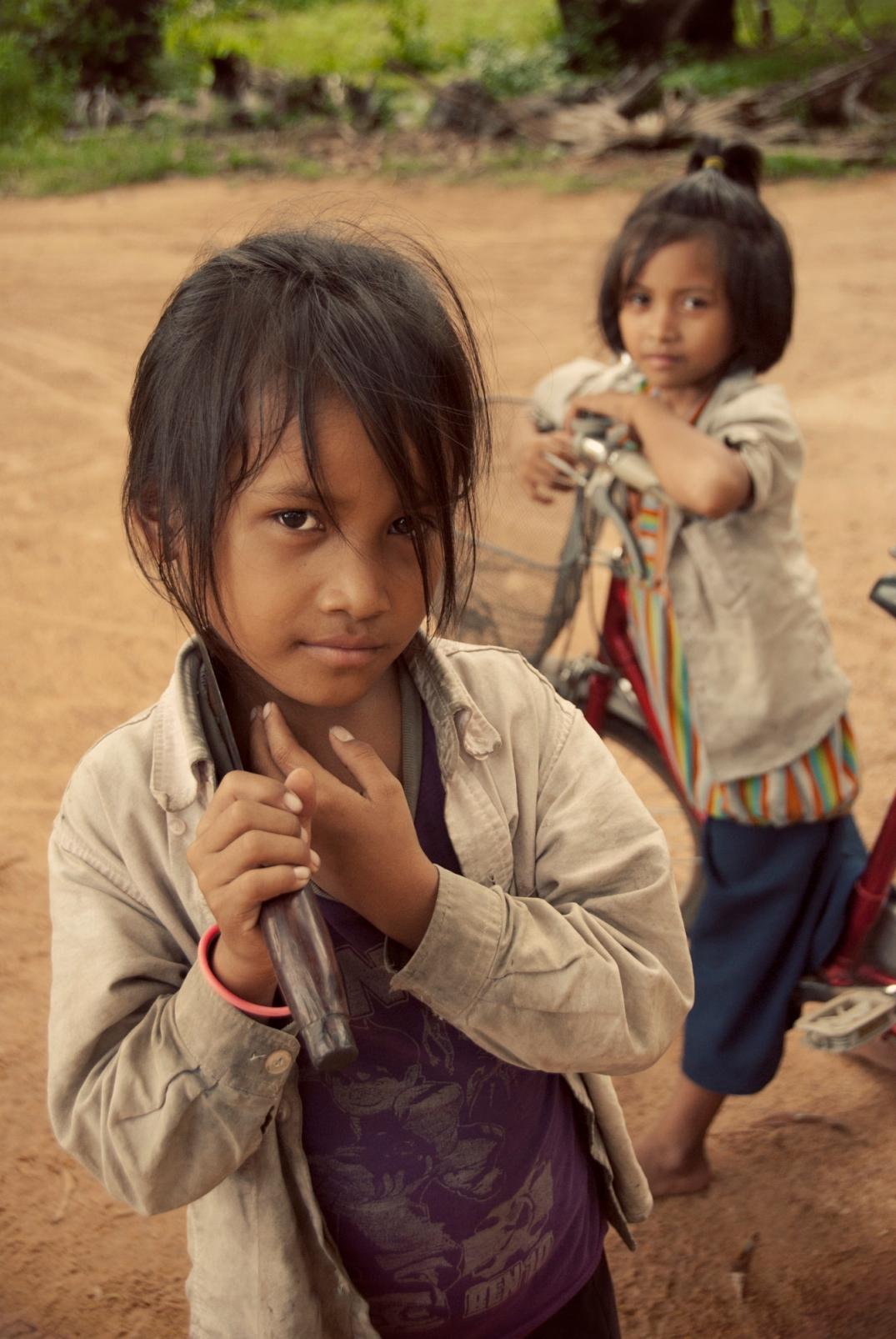 Siem Reap village girls