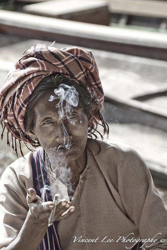 The Pao tribe lady