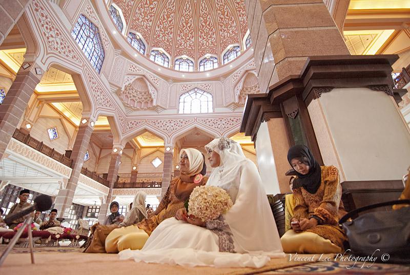 Akad Nikah Proceedings at one of the most beautiful mosque I've ever visit @ putrajaya